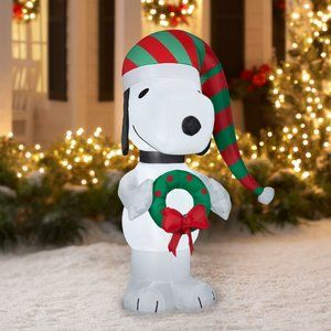5 Ft Peanuts Snoopy Wreath LED Airblown Inflatable